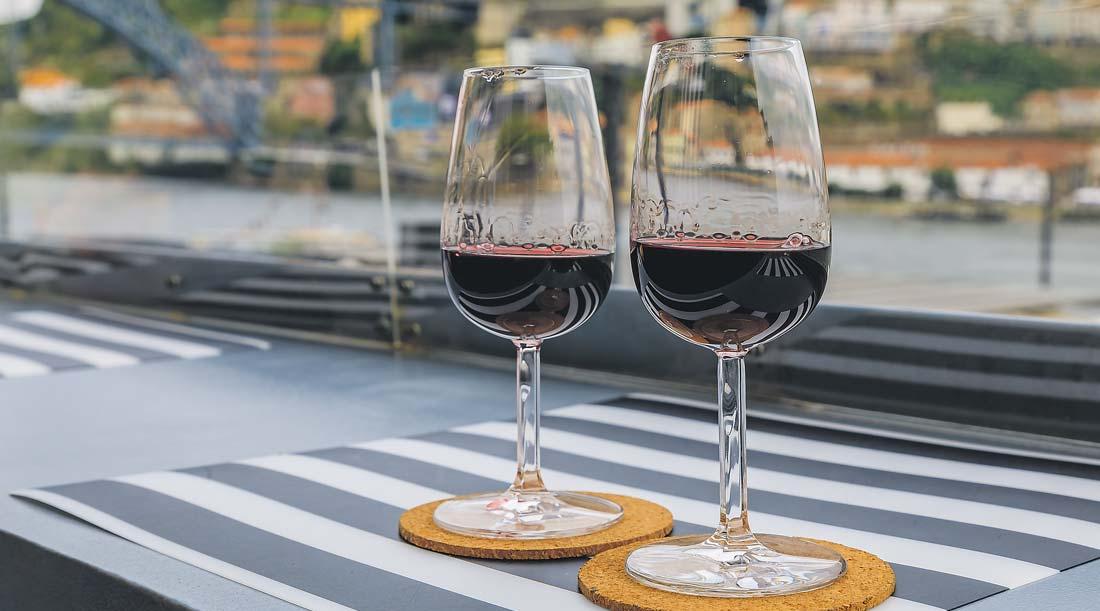 Copos de Vinho Tinto